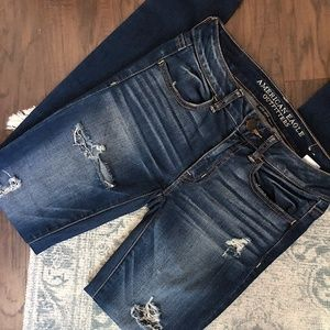 American Eagle Super Stretch Distressed Jeggings